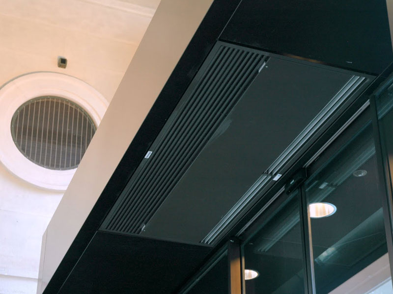 Windbox Suspended Ceiling air curtain at Post Office, Via Ferrante Aporti 8, Milan
